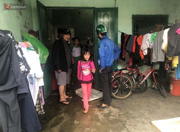 Đà Nẵng sơ tán hơn 92.000 người tránh bão số 13: 2 tháng mà phải chạy bão đến 3 lần, tôi lo mất cả Tết quá - Ảnh 5.