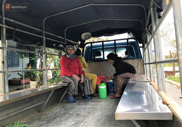 Đà Nẵng sơ tán hơn 92.000 người tránh bão số 13: 2 tháng mà phải chạy bão đến 3 lần, tôi lo mất cả Tết quá - Ảnh 6.