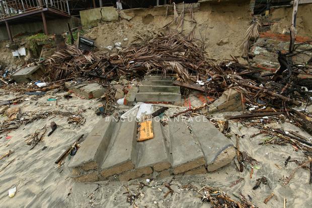 Biển An Bàng (Hội An) tan tác sau cơn bão số 13, du lịch ảnh hưởng nặng nề - Ảnh 3.