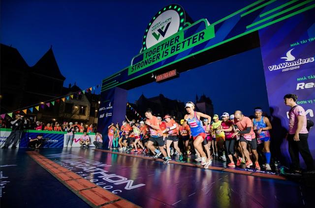 WOW Marathon Vinpearl Phú Quốc và trải nghiệm hoàn toàn khác biệt: Vừa rèn luyện sức khỏe, vừa thưởng thức trọn vẹn vẻ đẹp của đảo ngọc - Ảnh 1.