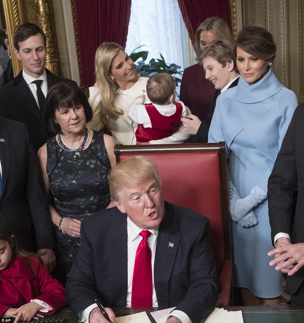 Khi các con lớn nhà ông Trump từng dính tin đồn bắt nạt em kế, quan hệ thật sự giữa Barron Trump với anh chị cùng cha khác mẹ ra sao? - Ảnh 11.