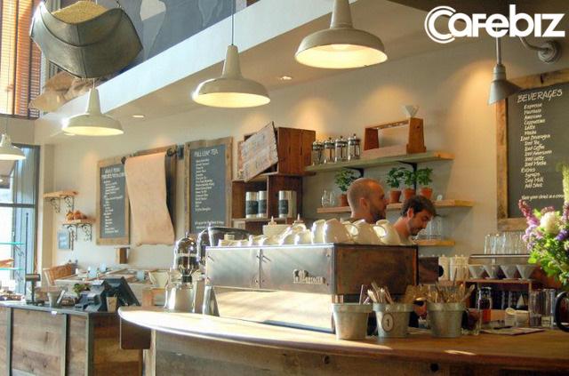 Cú lừa thế kỷ của Starbucks: Bỏ logo, biển hiệu, thay nội thất để biến thành một quán cà phê mới, cả khách hàng lẫn đối thủ đều bị lừa đẹp!  - Ảnh 2.