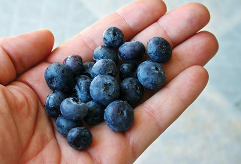 List thực phẩm ăn sống là tốt nhất và list thực phẩm nấu chín mới tốt: Biết để tận dụng nhiều dưỡng chất nhất! - Ảnh 2.