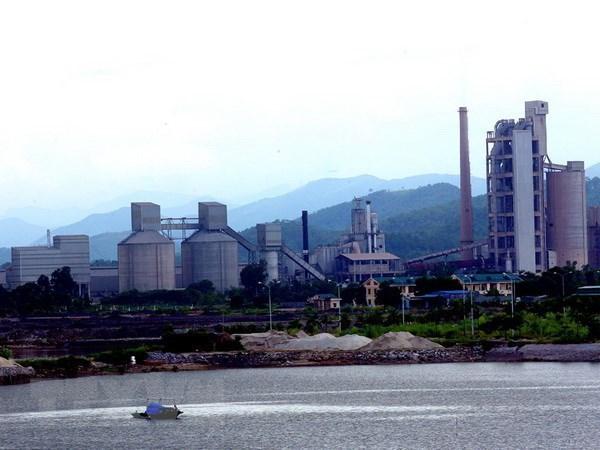 Các nhà máy xi măng ở Hạ Long sẽ dừng hoạt động vào năm 2030 - Ảnh 1.