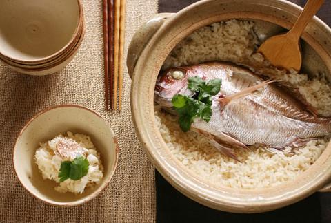 Loại cá mà người Nhật ưa chuộng khiến họ liên tục được WHO xếp hạng sống thọ số 1 thế giới nhờ chế độ ăn, ở Việt Nam cũng có bán rất nhiều  - Ảnh 1.