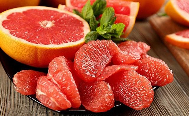 Hãy chăm đưa 9 loại thực phẩm sau vào bữa ăn để tránh được hiểm họa đau xương khớp lúc về già - Ảnh 2.