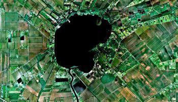 Sai lầm duy nhất của một người đã khiến chiếc hồ này mất tích chỉ trong vài giờ, rồi tạo ra cái hố huỷ diệt nhất lịch sử nước Mỹ - Ảnh 3.