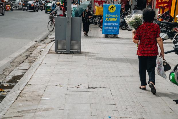 Nhiều tuyến phố Hà Nội lát đá thương hiệu 70 năm đã hư hỏng nghiêm trọng: KTS chỉ ra 4 nguyên nhân chính - Ảnh 14.