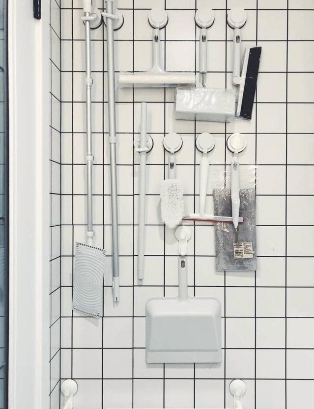 Người Nhật ở sạch đến mức nào? Chỉ cần ngó qua các vật dụng trong nhà vệ sinh là rõ - Ảnh 7.