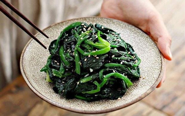 3 loại rau nên ăn thường xuyên để thúc đẩy quá trình giải độc gan, ngăn chặn tình trạng dư thừa cholesterol - Ảnh 1.