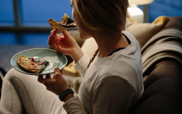 Rất nhiều người thích thói quen ăn uống này nhưng đó lại là con đường dẫn đến bệnh tật nhanh nhất - Ảnh 1.