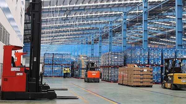 Doanh nghiệp xuất khẩu gặp khó vì thiếu container rỗng - Ảnh 2.
