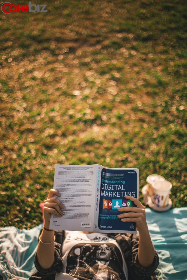 Sách còn không đọc đúng mà bạn đòi thành công: Làm sao để thay đổi cuộc đời thông qua đọc sách?<p/>- Ảnh 1.