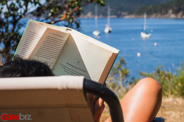 Sách còn không đọc đúng mà bạn đòi thành công: Làm sao để thay đổi cuộc đời thông qua đọc sách?<p/>- Ảnh 2.