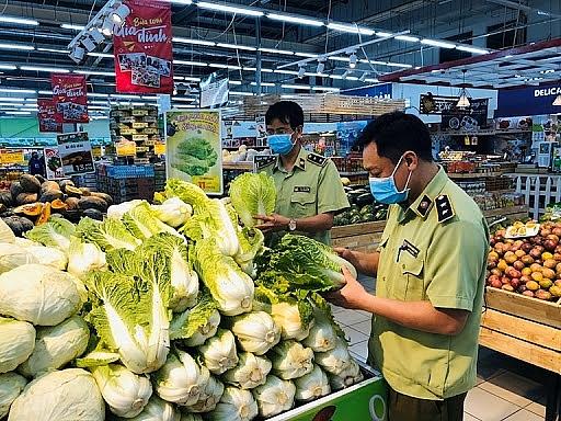 Siết chặt quản lý, kiểm soát sản phẩm thực phẩm từ các tỉnh nhập vào Hà Nội - Ảnh 1.