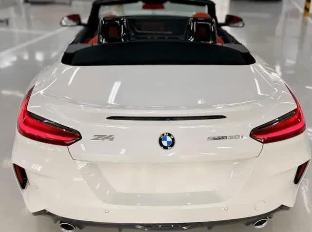 Lộ BMW Z4 2020 đầu tiên do THACO nhập tại đại lý: Xe chơi mui trần giá hơn 3,3 tỷ đồng, cạnh tranh xe nhập tư vừa về - Ảnh 2.