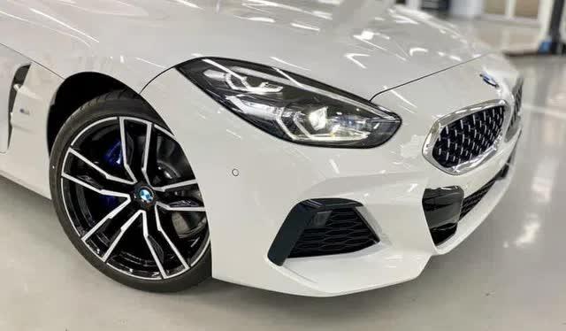Lộ BMW Z4 2020 đầu tiên do THACO nhập tại đại lý: Xe chơi mui trần giá hơn 3,3 tỷ đồng, cạnh tranh xe nhập tư vừa về - Ảnh 3.