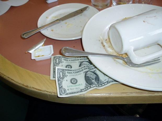 Có những luật ngầm mà các nhà hàng chẳng bao giờ tiết lộ với khách, giờ mới biết lâu nay chúng ta bị dắt mũi như thế nào! - Ảnh 7.