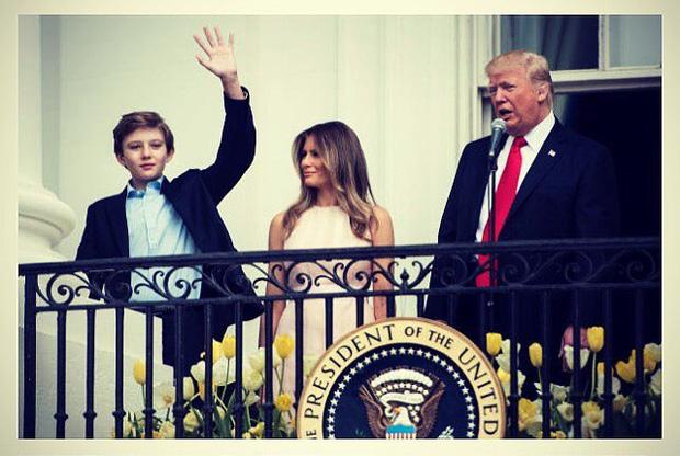 Từ cậu bé đầu tiên chuyển đến sống ở Nhà Trắng, trong 4 năm nhiệm kỳ của bố, Barron Trump đã thu hút sự chú ý của thế giới như thế nào? - Ảnh 1.