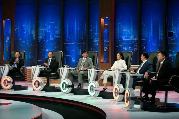 Lên truyền hình tìm việc 30 triệu/ tháng, ứng viên ngỡ ngàng nhận ngay job lương 50 triệu - Ảnh 3.