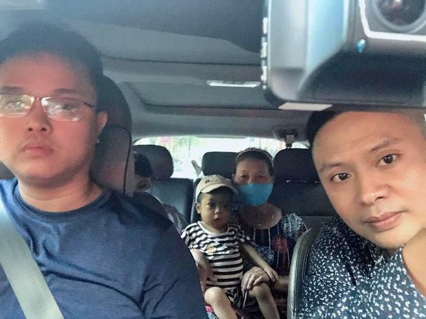 """Những chuyến xe đi đến """"hang cùng, ngõ hẻm"""" Hà Nội với cước phí là nụ cười của những bệnh nhân nghèo - Ảnh 4."""