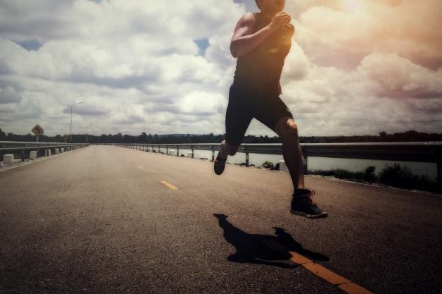 Chạy bộ liên tục 70 ngày, tôi nhận được kết quả xứng đáng cả sức khỏe và công việc: Sự năng động mỗi ngày tỷ lệ thuận với sự tiến triển tích cực trong sự nghiệp - Ảnh 1.