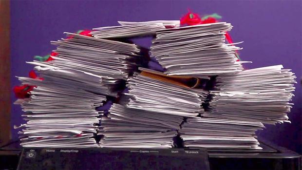 Vì một bài thơ mà hàng trăm trẻ em Mỹ năm nào cũng gửi thư cho ông già Noel đến địa chỉ ma, ai ngờ có ngày lại nhận được hồi đáp thật - Ảnh 2.