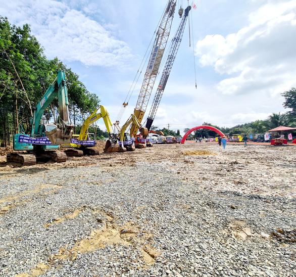 Loạt dự án hạ tầng tác động mạnh mẽ đến sự tăng giá của đất nền suốt từ Bắc đến Nam - Ảnh 5.