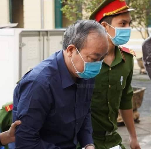 Ông Đinh La Thăng bị phạt 10 năm tù - Ảnh 2.