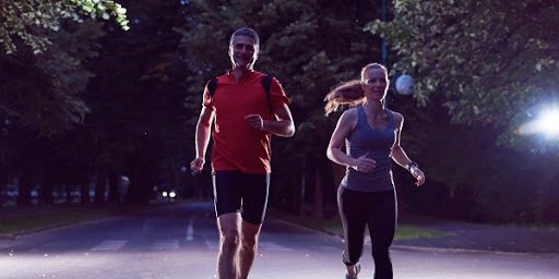 Sự thật về thể dục sáng sớm để không khí trong lành hơn: BS tiết lộ giật mình về ô nhiễm lúc sáng sớm - Ảnh 2.
