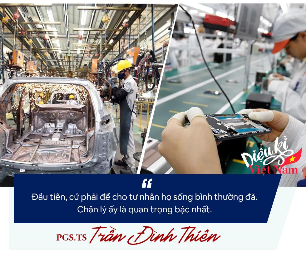 PGS.TS Trần Đình Thiên: Phải coi Vingroup, Thaco… là những tập đoàn lãnh sứ mệnh quốc gia chứ không chỉ tài sản riêng của ông nọ, ông kia! - Ảnh 11.