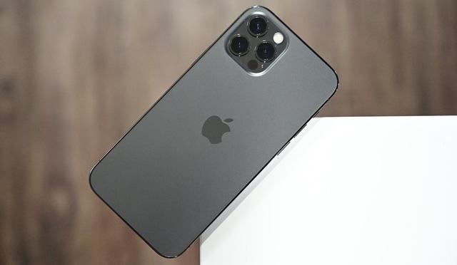 iPhone 12 sẽ cháy hàng trong 3 tháng tới - Ảnh 1.