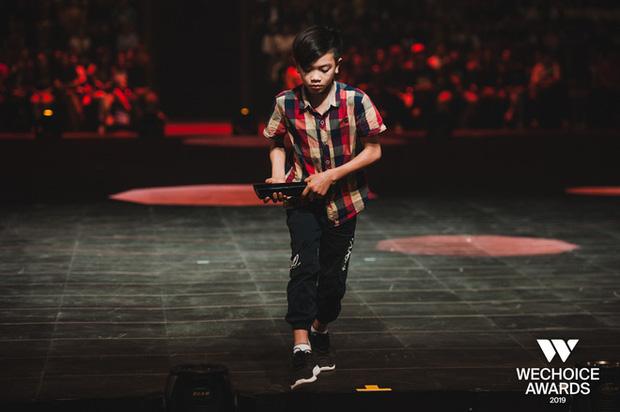 Hành trình 7 năm của WeChoice Awards: Dấu ấn diệu kỳ của tình yêu, tình người và những niềm tự hào mang tên Việt Nam - Ảnh 65.
