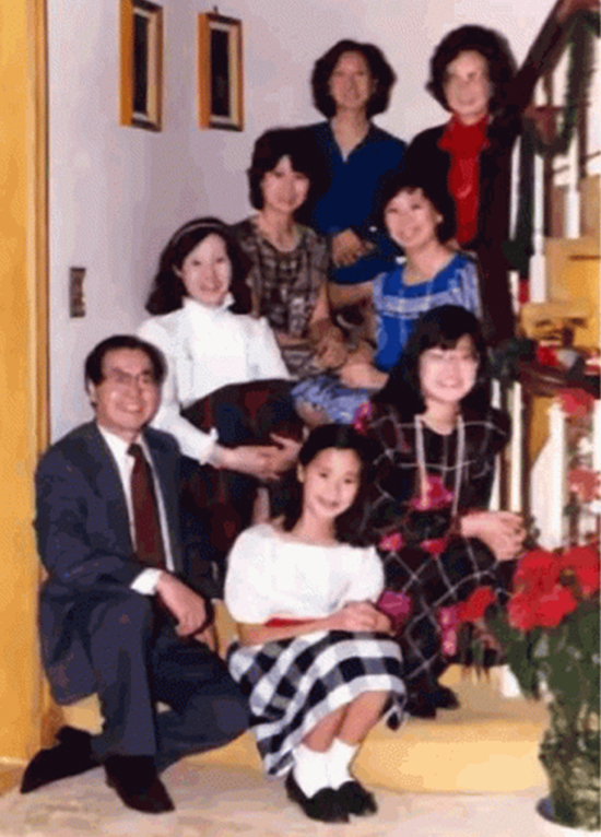 Cách dạy 6 người con gái trở nên xuất chúng của Vua tàu biển người Hoa: Độc lập, tự kỷ luật, yêu nhưng không chiều, nghiêm khắc nhưng không hà khắc... - Ảnh 3.