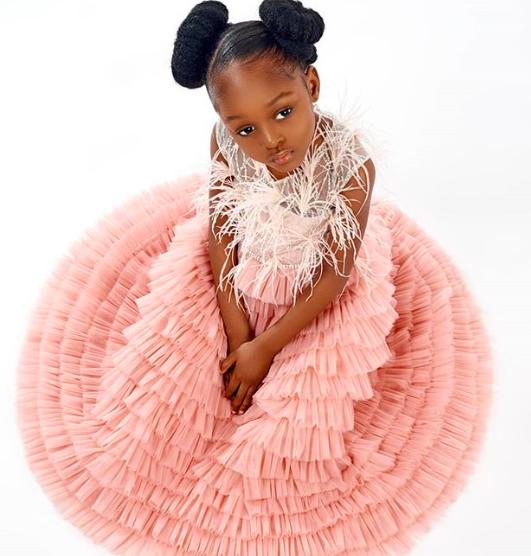 Bất ngờ đổi đời sau loạt ảnh 2 năm trước, Cô bé châu Phi đẹp nhất thế giới giờ vẫn đẹp nao lòng nhưng cách cha mẹ dạy dỗ mới đáng chú ý - Ảnh 8.