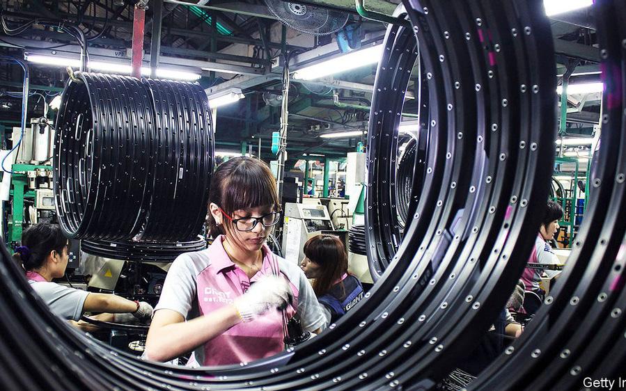 """Từ """"cận kề cái chết"""" vụt sáng trở thành nền kinh tế tăng trưởng nhanh nhất thế giới trong bão dịch bệnh, bí quyết của Đài Loan là gì?"""