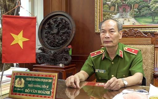 Chân dung bốn vị tướng, tá công an được phong danh hiệu Anh hùng - Ảnh 1.