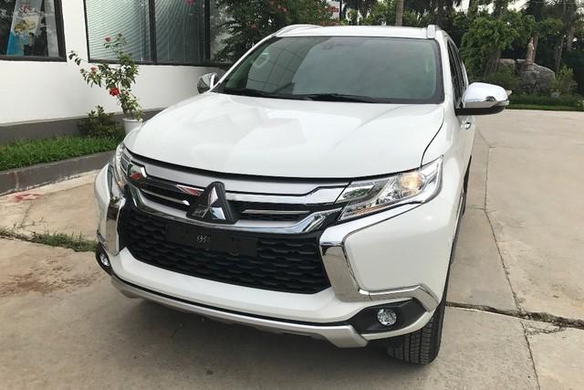 Mitsubishi Pajero Sport xả hàng còn 780 triệu đồng: SUV 7 chỗ rẻ nhất, mở đường đón mẫu mới ra mắt Việt Nam - Ảnh 1.