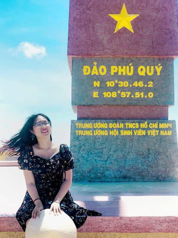 Cô nàng độc thân 26 tuổi lần đầu đi xuyên Việt bằng xe máy với 7 triệu và 17 ngày: Cả tuổi trẻ dành để đi bụi, sống không dũng cảm uổng phí thanh xuân! - Ảnh 19.