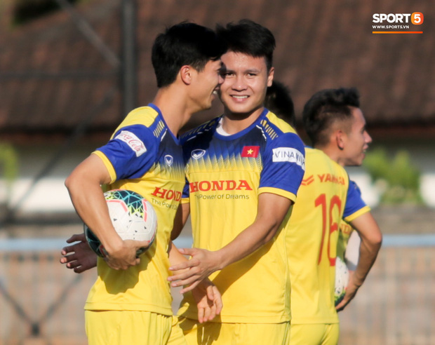 Hoãn vòng loại World Cup 2022: Tuyển Việt Nam và thầy Park thất nghiệp trong năm 2020 - Ảnh 2.