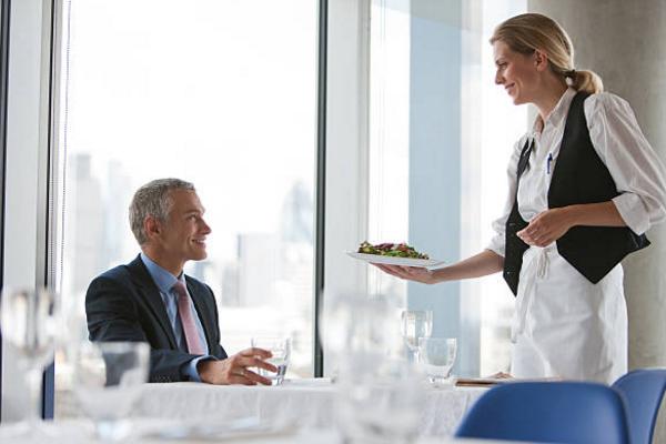 """Nhìn rõ lòng người chỉ qua một bữa cơm: Kẻ bình thường cần chú ý 1, dân công sở phải để tâm 10, kẻo có ngày bị """"đâm sau lưng - Ảnh 1."""