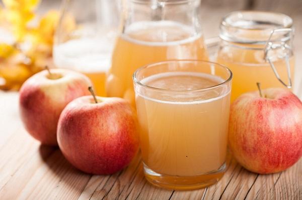 Vừa ngủ dậy buổi sáng, đừng vội uống ngay 4 loại nước này vì có thể làm tổn thương cơ thể và gây ra nhiều bệnh nghiêm trọng - Ảnh 4.
