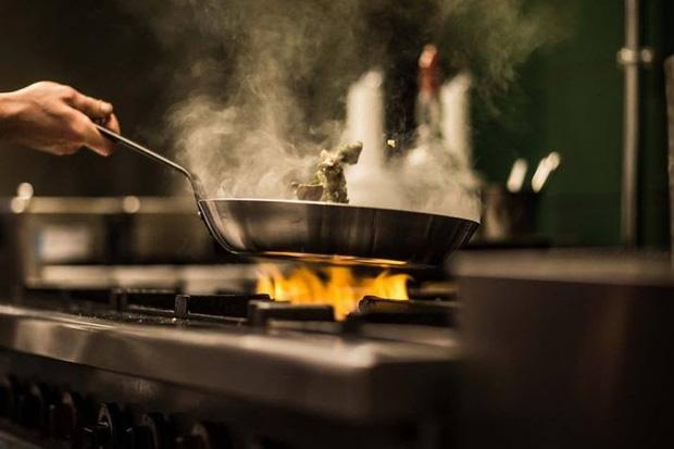 4 mẹo trong quá trình nấu giúp ngăn chặn phân hủy vitamin trong thức ăn, đảm bảo đủ dinh dưỡng cung cấp cho cơ thể - Ảnh 1.