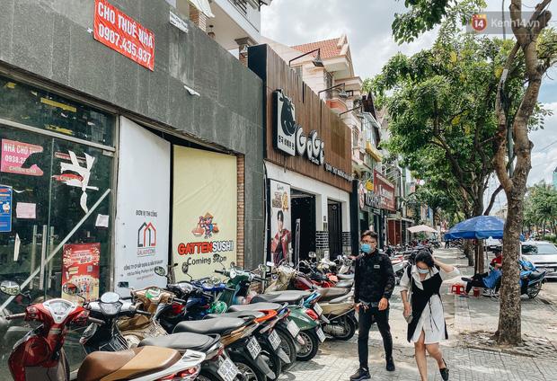 Hơn nửa năm đóng cửa vì dịch Covid-19, giá thuê mặt bằng trên đường Phan Xích Long vẫn chưa hạ nhiệt - Ảnh 15.