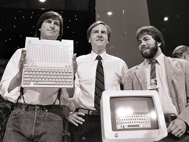 Trong bữa tiệc sinh nhật tuổi 30, Steve Jobs đã tiên đoán về cuộc đời mình ra sao?  - Ảnh 1.