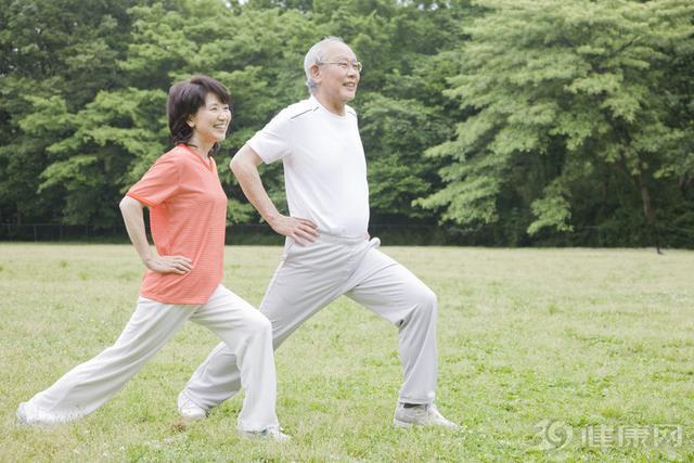 Cụ bà thọ 103 tuổi nhưng xương chắc khỏe như người mới 60 khiến bác sĩ cũng phải sửng sốt: Bí quyết không phải là đi bộ nhiều mà ở 2 điều này - Ảnh 3.
