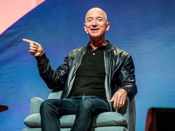 Sáng thứ 7 'lười biếng' của Jeff Bezos: Nhìn từng phút được sử dụng mới hiểu tại sao ông trở thành người giàu nhất hành tinh - Ảnh 2.
