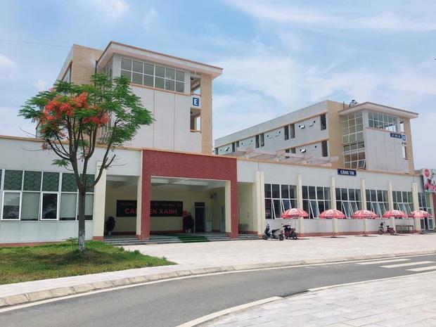 Kiến trúc sang chảnh hàng trăm tỷ đồng của các trường THPT Chuyên ở Việt Nam: Vị trí số 1 gây bất ngờ nhất - Ảnh 3.