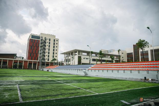 Kiến trúc sang chảnh hàng trăm tỷ đồng của các trường THPT Chuyên ở Việt Nam: Vị trí số 1 gây bất ngờ nhất - Ảnh 31.