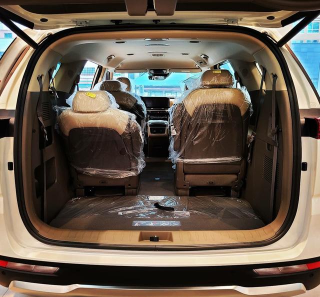 Chi tiết Kia Sedona 2021 ngoài đời thực: Đẹp như xe sang, dân Hàn đổ xô đặt mua, chờ THACO lắp ráp tại Việt Nam - Ảnh 7.